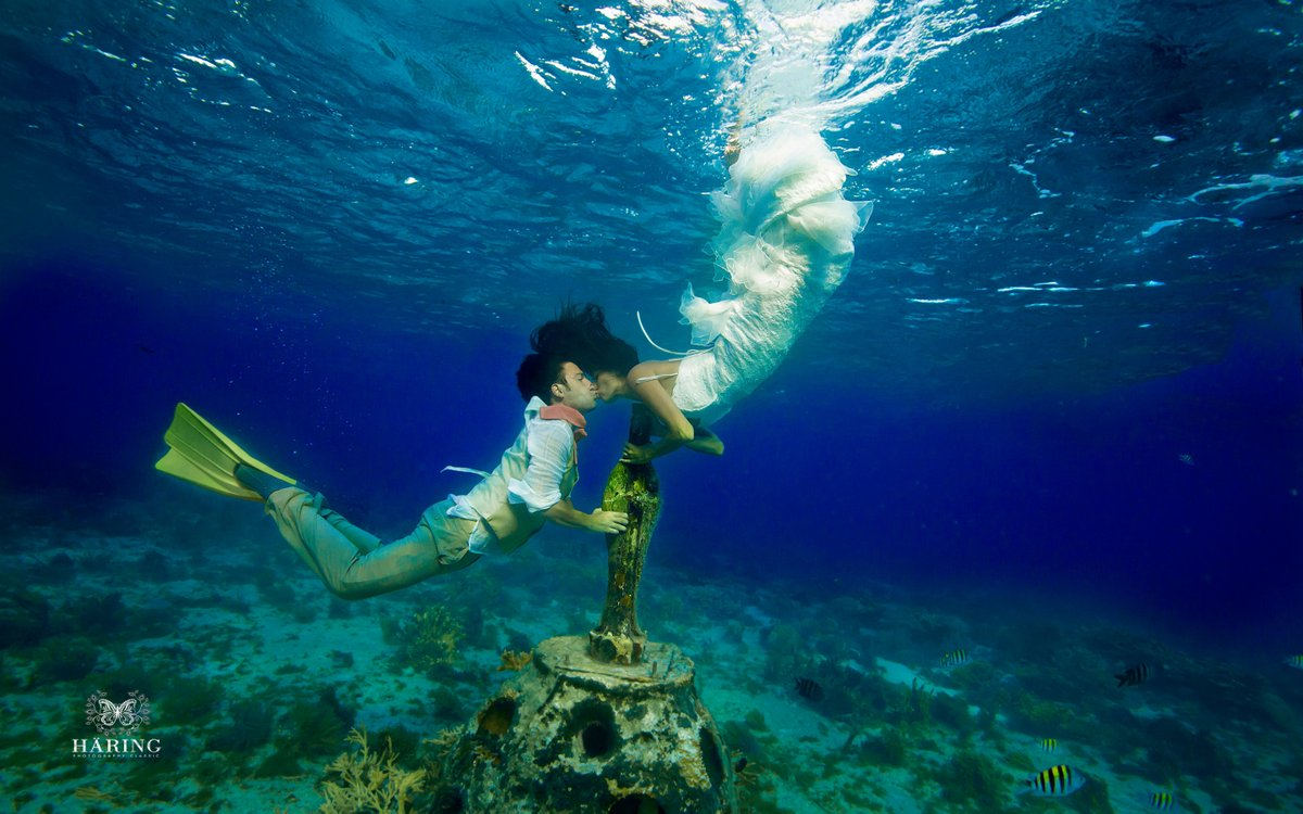 mexico underwater trash the dress wedding photos