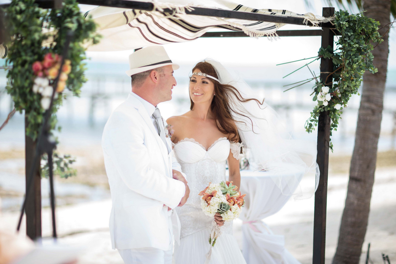 Islamorada wedding bride