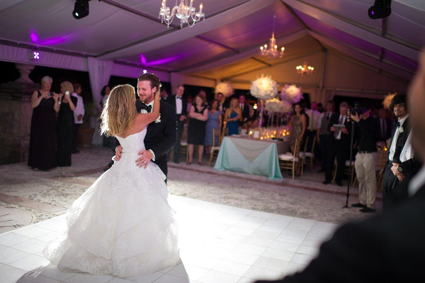 Wedding pictures at vizcaya miami