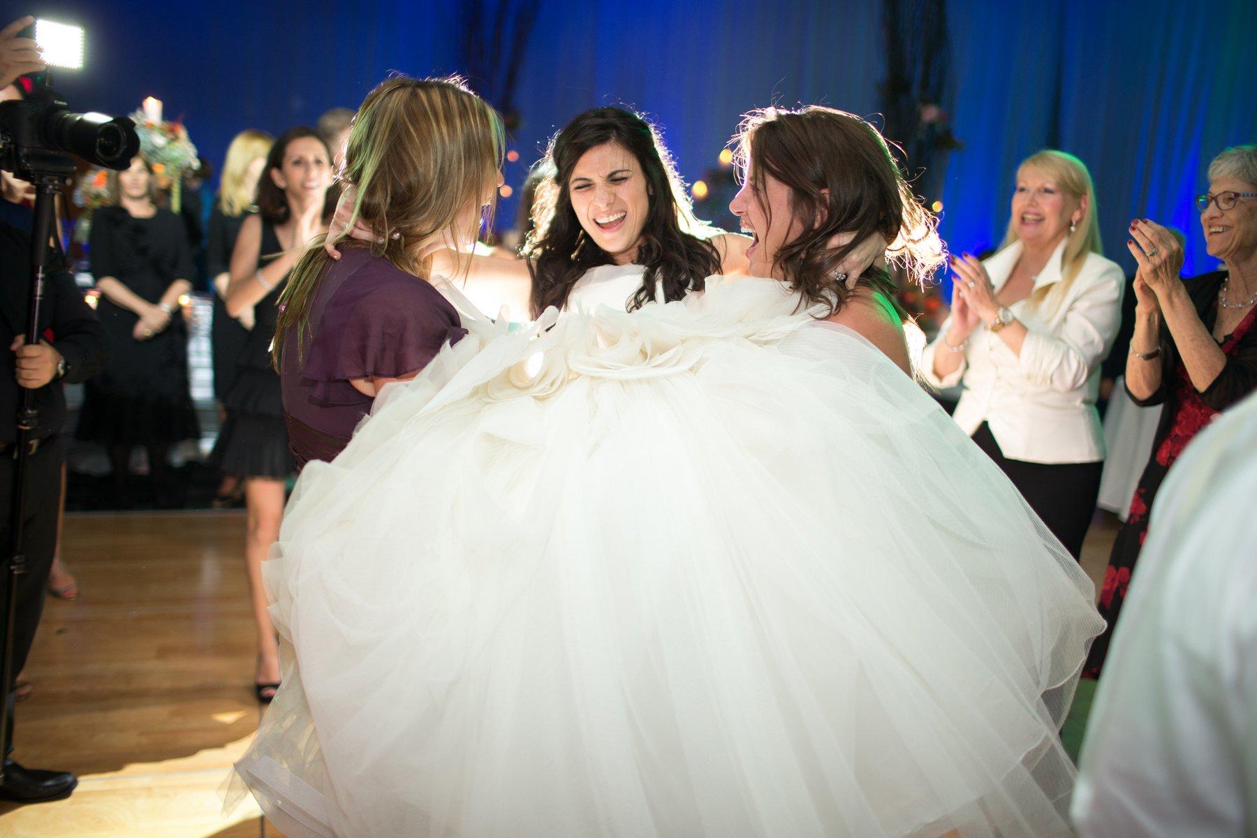 ortodox jewish wedding dancing