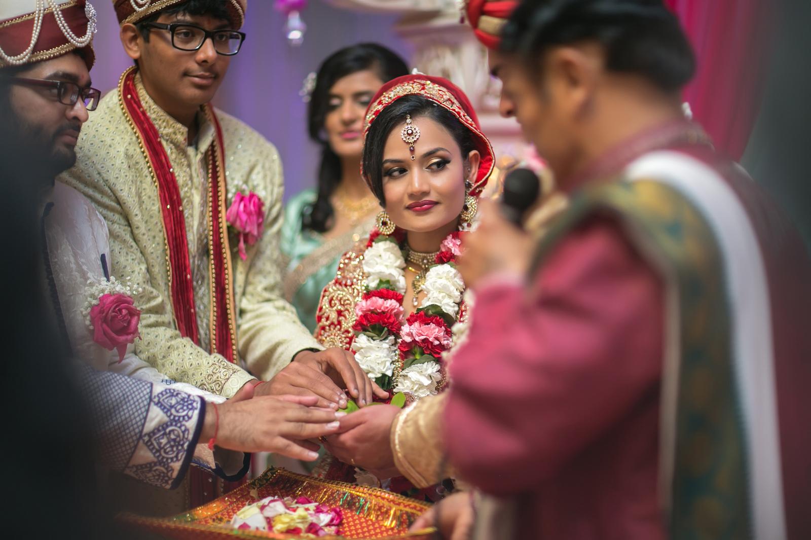 indian bride wedding dress