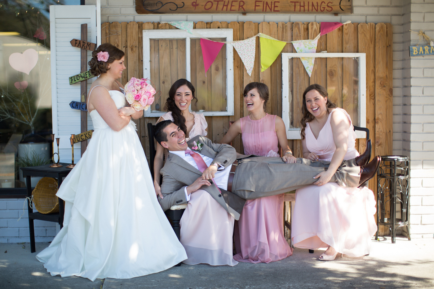 fun-bridal-party-wedding-photos-dade-city-florida