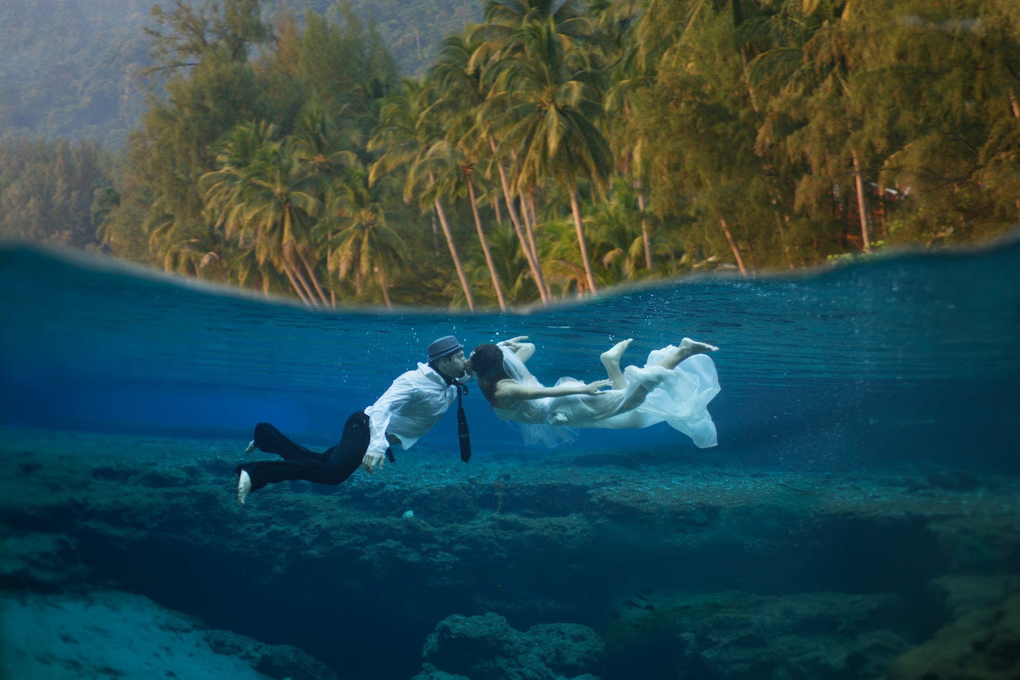miami underwater engagement photo