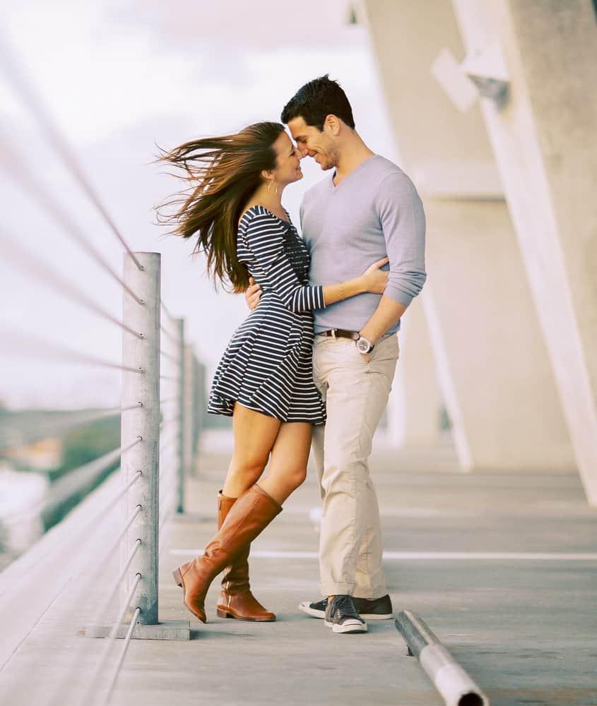 best earthy engagement photos artistic