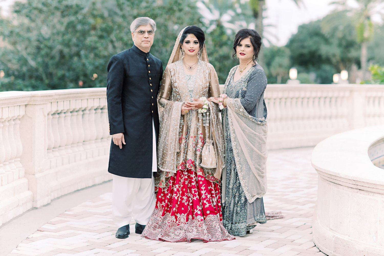 Wedding Family Photo Tips and Tricks, Miami Wedding Photographers | Häring Photography, Indian Wedding Photographer in Florida, Best Muslim, Hindu - South East Asian Wedding Photographers