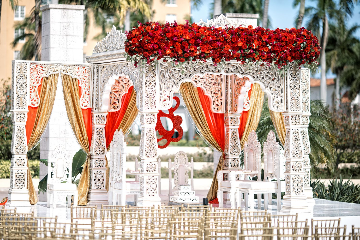 indian wedding mandap decoration red burgundy, Miami Wedding Photographers | Häring Photography, Indian Wedding Photographer in Florida, Best Muslim, Hindu - South East Asian Wedding Photographers